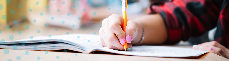 Kynällä kirjoittava käsi